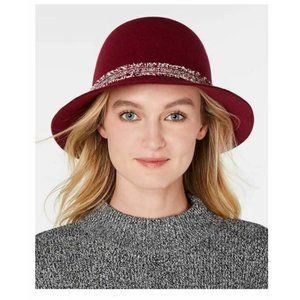 NINE WEST Wool Felt Raw-Cut Cloche Adjustable Head